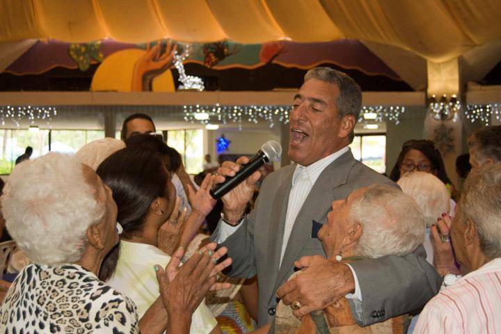 Almuerzo Navideño 2013-15